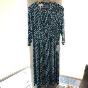 NWT Donna Morgan Midi Dress!
